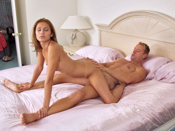 naked women with big thighs having sex